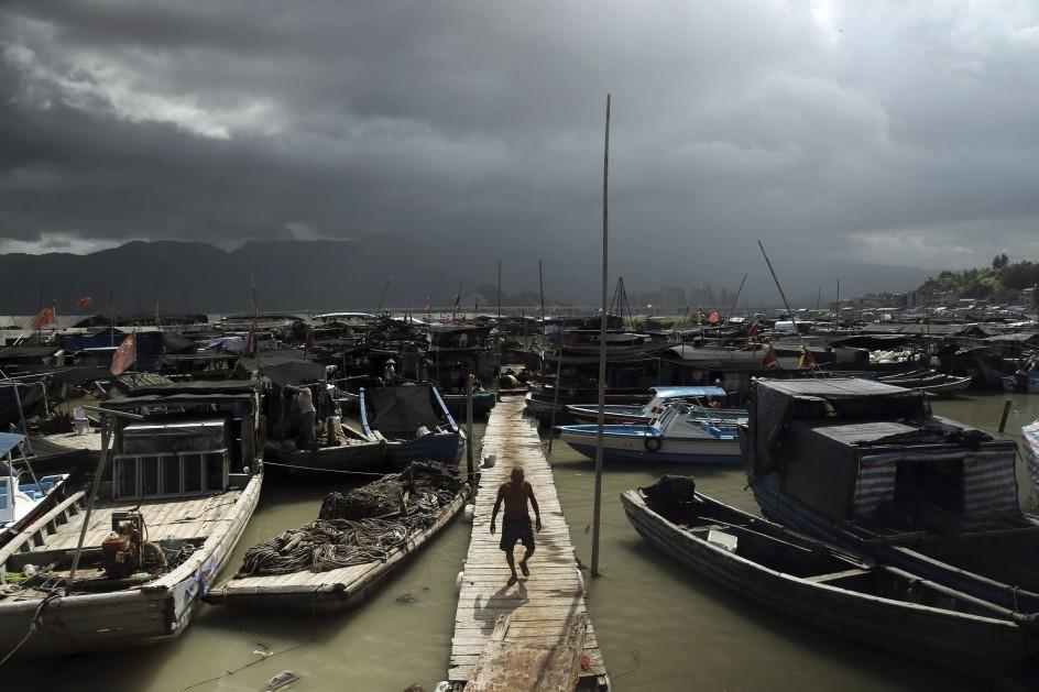 El tifón Soudelor obliga a evacuar a 5.000 personas en China