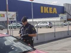 Apu�alados en Ikea
