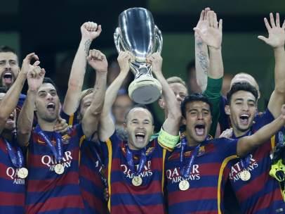 El Barça recoge el trofeo