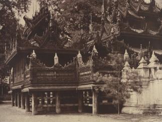 Linnaeus Tripe, Amerapoora: Corner of Mygabhoodee-tee Kyoung, September 1-October 21, 1855