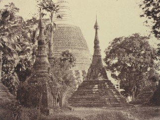 Linnaeus Tripe - Rangoon: Near View of the Shwe Dagon Pagoda, November 1855