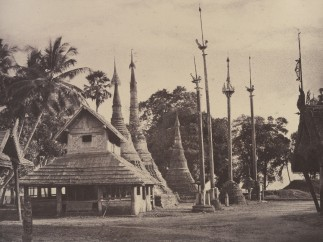 Linnaeus Tripe - Rangoon: Henzas on the East Side of the Shwe Dagon Pagoda, November 1855