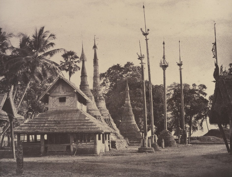 Linnaeus Tripe - Rangoon: Henzas on the East Side of the Shwe Dagon Pagoda, November 1855