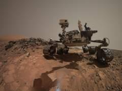 La misi�n espacial 'Curiosity' se hace selfis durante una exploraci�n por Marte