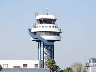 Torre de control del aeropuerto de Sevilla