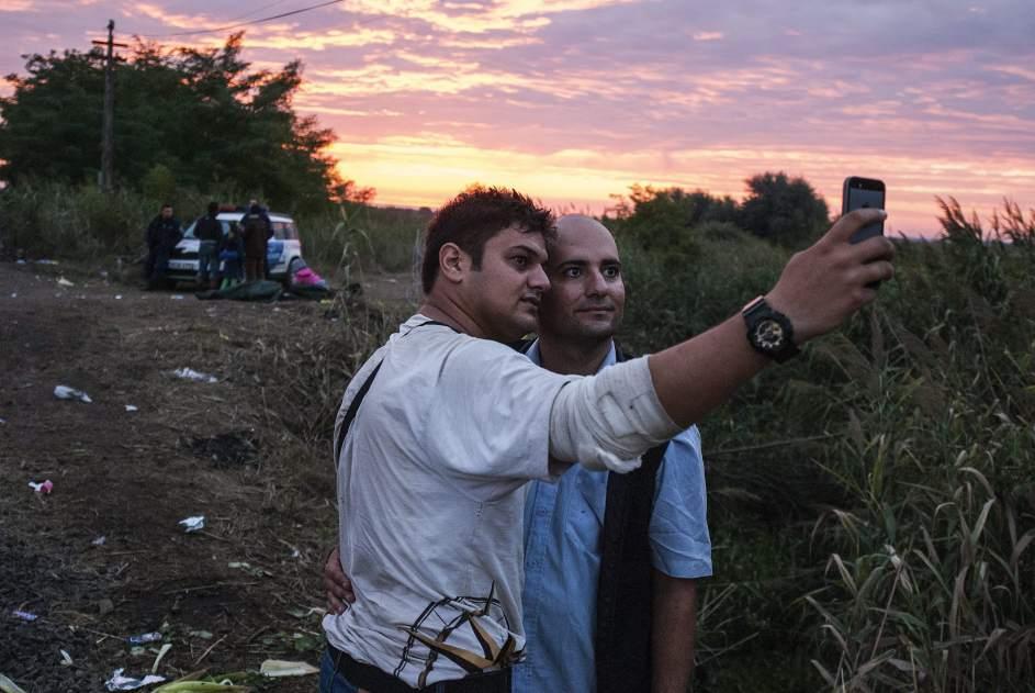 Un selfie tras entrar en Europa