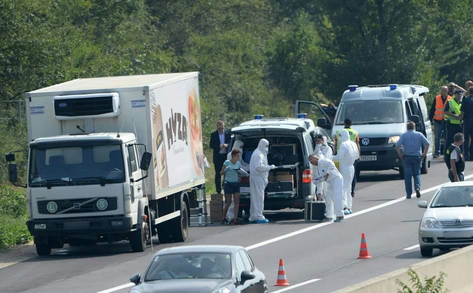 Más de 20 inmigrantes asfixiados en un camión
