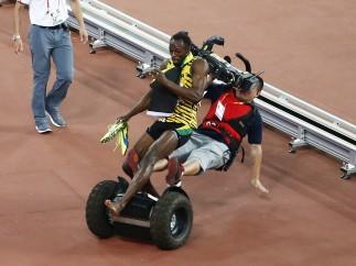 Bolt, arrollado por un cámara