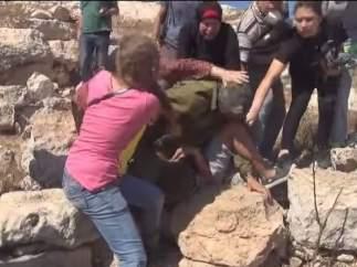 Mujeres y ni�os palestinos