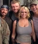Los Backstreet Boys y los Boy Scouts, todos contra los zombis