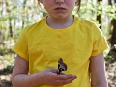 El padre fot�grafo que quiere una infancia salvaje y feliz para su hija