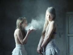 Hellen van Meene, la fot�grafa de 'adolescentes flotantes'