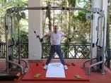 Putin haciendo pesas