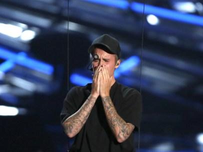 Justin Bieber, emocionado tras su actuación
