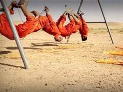 Estado Isl�mico difunde un v�deo en el que cuatro milicianos chi�es son quemados vivos