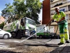 El plan de choque para limpiar Madrid arrancar� en un mes con la retirada de coches y mobiliario