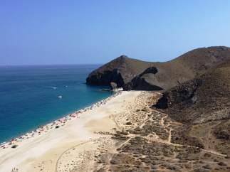 Playa de Los Muertos, en Carboneras