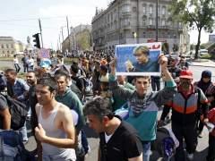Hungr�a ofrece a los refugiados su traslado hasta la frontera con Austria