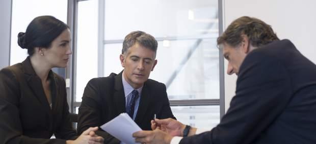Una reunión de directivos en una empresa.