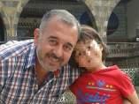 Refugiado agredido por periodista húngara