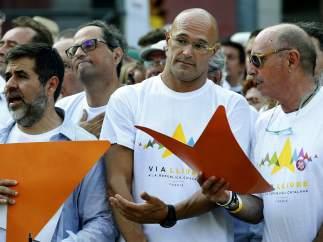 Raül Romeva, cabeza de lista de la candidatura 'Junts pel sí' al 27-S, en la cabeza de la manifestación de la Diada.