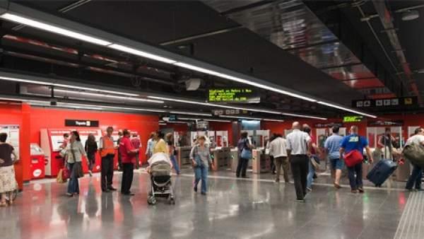 Imagen del interior del Metro de Barcelona