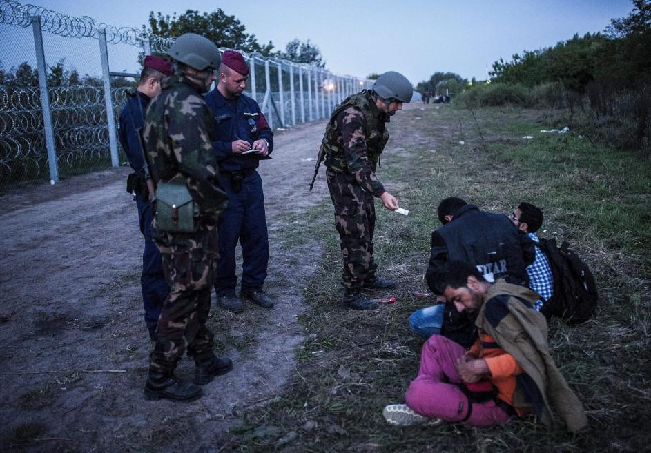 Hungría cierra sus fronteras