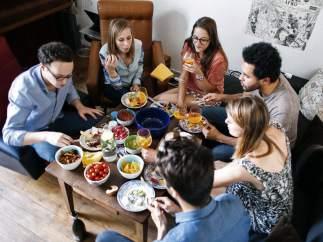 Comer en casa ajena