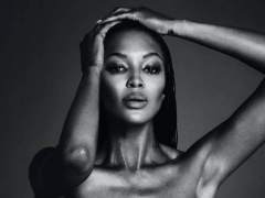Naomi Campbell en 'top less'