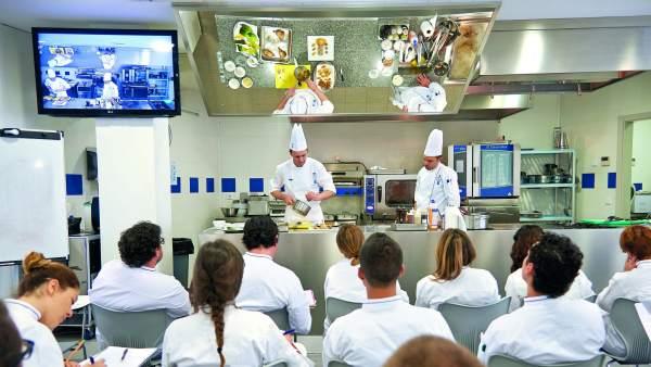 Tres universidades p blicas ya ofrecen en espa a el grado en ciencias gastron micas - Los mejores cursos de cocina en madrid ...