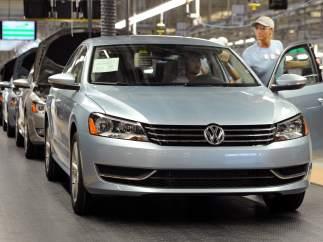Volkswagen se desploma en bolsa