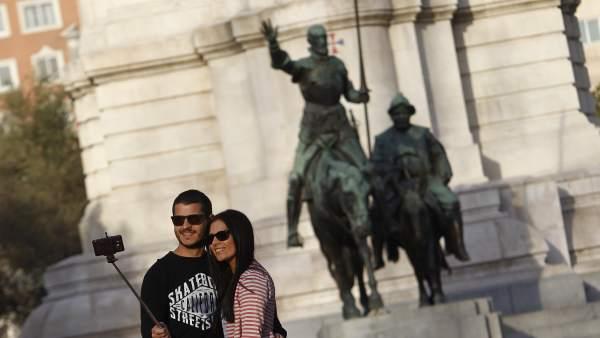 Más de 9,2 millones de turistas visitaron España en agosto