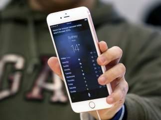 Iphone 6s tras su lanzamiento en una tienda Apple en Sidney