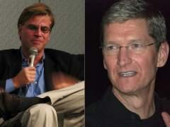 Aaron Sorkin y Tim Cook