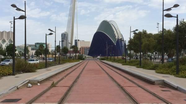 Ribó proposa un tramvia al llarg de la façana marítima de València que connecte Natzaret amb laMalvarrosa