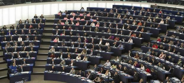 Luz verde en el Europarlamento al registro de pasajeros aéreos como herramienta antiterrorista