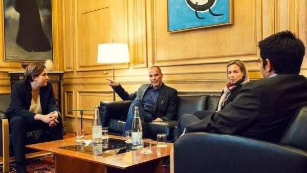 Ada Colau y Yannis Varoufakis