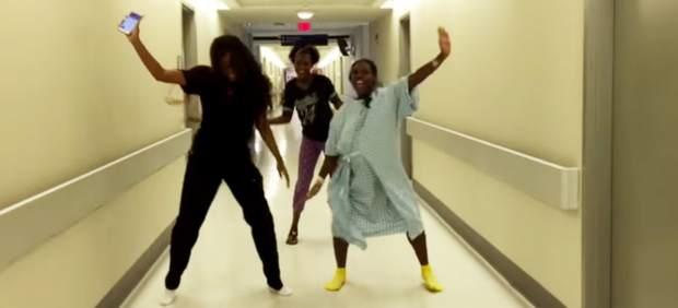 Embarazada bailando