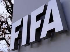 La FIFA sanciona a la Federación por los fichajes internacionales de menores