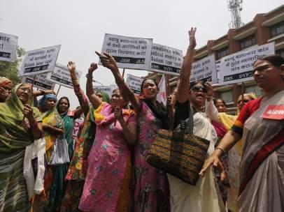 Contra las violaciones de niñas y mujeres