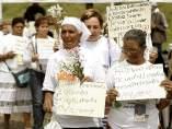 Colectivo de víctimas reclama a sus familiares desaparecidos.