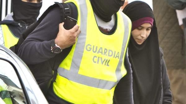 Detenida cuando se iba a unir a Estado Islámico