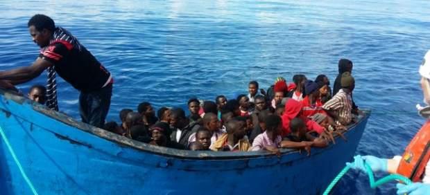 Abandonan la búsqueda de la patera con 57 inmigrantes que partió el viernes hacia Canarias