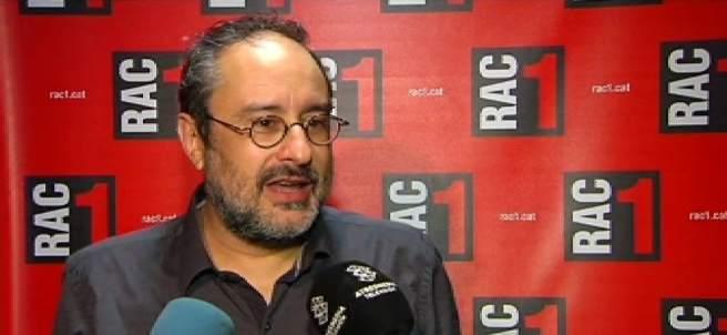 Antonio Baños en los estudios de RAC 1.