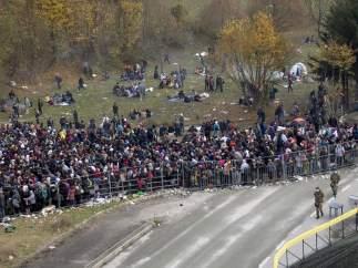Refugiados entre Eslovenia y Austria