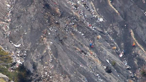 Restos del avión Germanwings siniestrado el pasado 24 de marzo