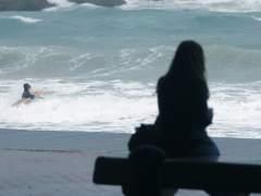 Amaina el peor temporal de mar en 14 años en Cataluña tras graves daños
