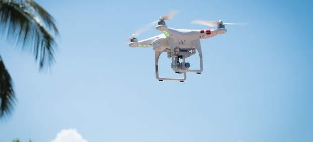 Drones para entregar refrigerios en los campos de golf de Japón