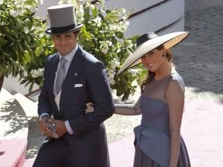 Francisco Rivera y su pareja, muy sonrientes