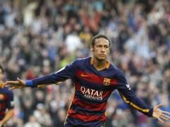 """Retiran publicidad de Neymar por """"violar la santidad"""" de La Meca"""